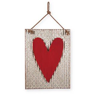 Appliqué mural en métal galvanisé avec coeur rouge