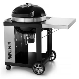 Barbecue au charbon avec chariot