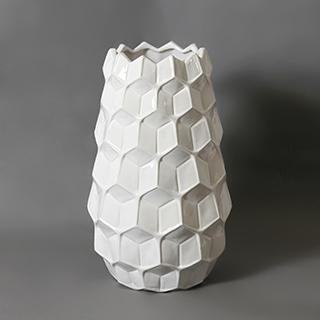 Vase 9X9X16