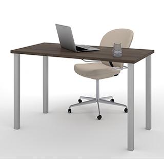Table de bureau 24 X 48 avec pattes de métal