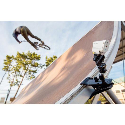 Ensemble de fixation pour caméscope Action Sony