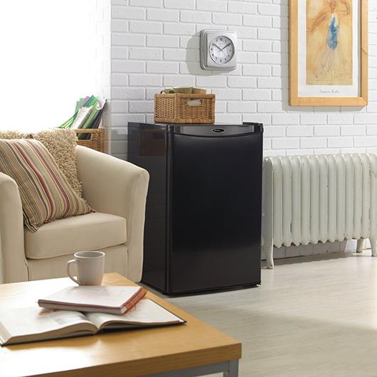 Réfrigérateur compact de 4,4 pi.cu. Danby